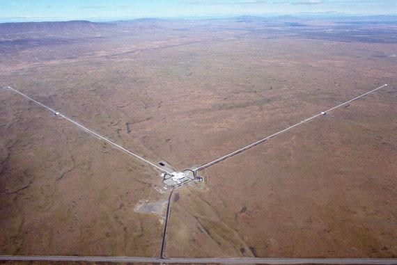Gravity-Ligo-aerial