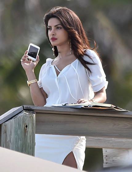 51984713 Stars are spotted on the set of 'Baywatch' in Boca Raton, Florida on March 1st, 2016 Stars are spotted on the set of 'Baywatch' in Boca Raton, Florida on March 1st, 2016 Pictured: Priyanka Chopra FameFlynet, Inc - Beverly Hills, CA, USA - +1 (310) 505-9876