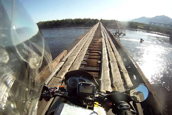 Vitim-River-Crossing,-Siberia